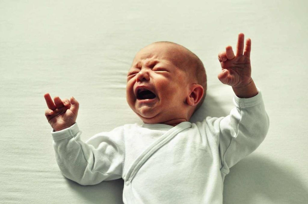 赤ちゃんの夜泣きする理由
